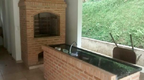 chácara em juquitiba semi plaina com piscina e churrasqueira
