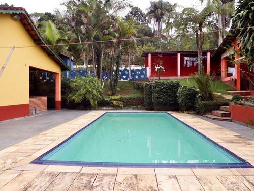 chácara em juquitiba  semi plaino piscina