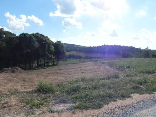 chácara em mairinque a 7km do centro e 1,5km da represa