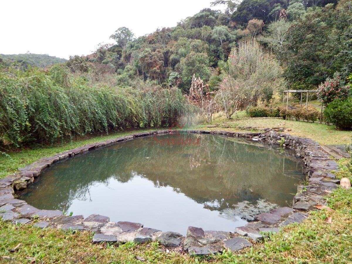 chácara em são lourenço com lago e área de churrasco