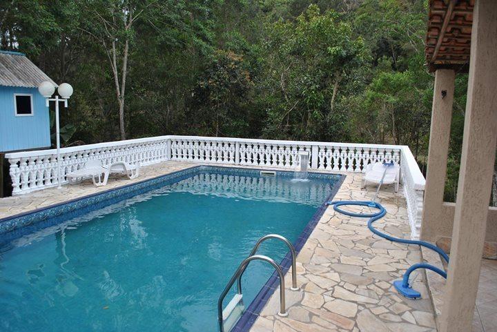 chácara excelente p/ moradia piscina 3 quartos ótimo acesso