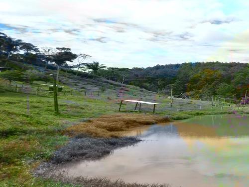 chácara excelente para criação com 2 lagos e baias