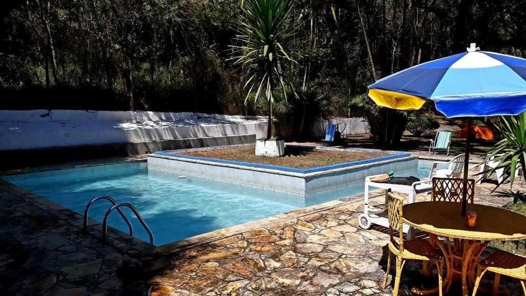 chácara fim de semana e eventos piscina est. do vinho