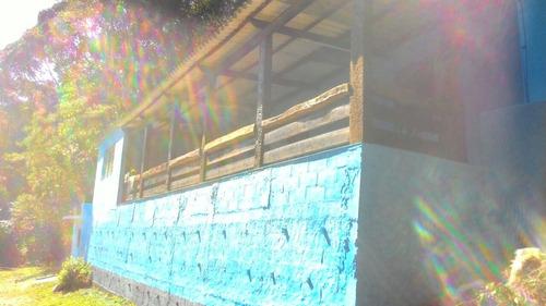 chácara frente a maravilhosa represa navegável em juquitiba