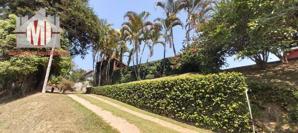 chácara maravilhosa, rica em água com lago, pomar, piscina, espaço gourmet com 02 quartos à venda, 4000 m² de r$ 280.000 por r$ 265.000 - tuiuti/sp - ch0546