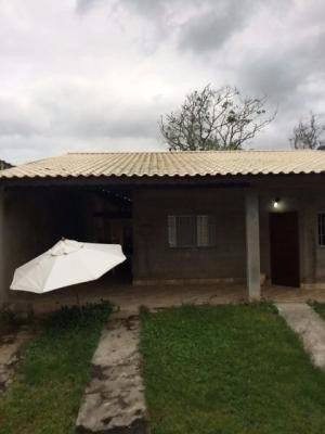 chácara medindo 1800m²,com 2 dormitórios e 1 suíte
