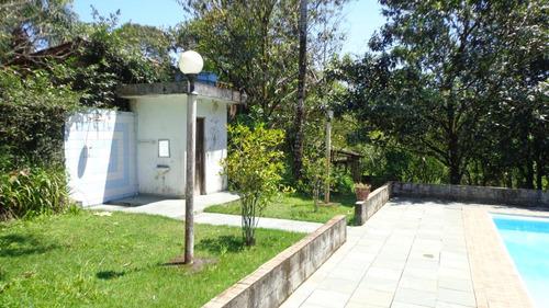 chácara murada com 2.400 m². ref. 444 e 164 cris