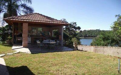 chácara na represa em bragança paulista   r$ 550.000.00.