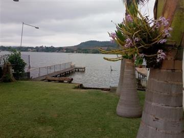 chácara na represa, ideal para pesca e andar de jet ski.