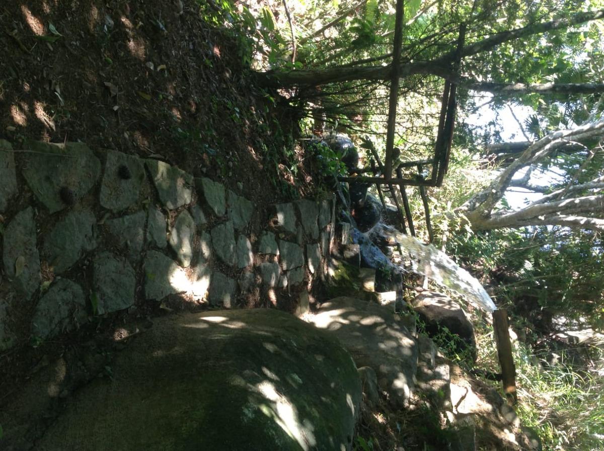 chácara na subida para o parque nacional