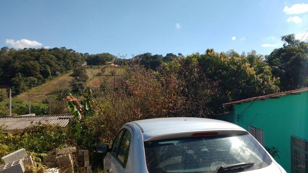 chacara no bairro paruru