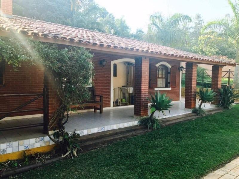 chácara no medeiros com 2.200 m², casa térrea, área de lazer com piscina e churrasqueira. - ch00093 - 32931720