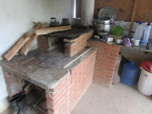 chacara p/ moradia,sede/fogão a lenha/pomar/gramada/ref04513