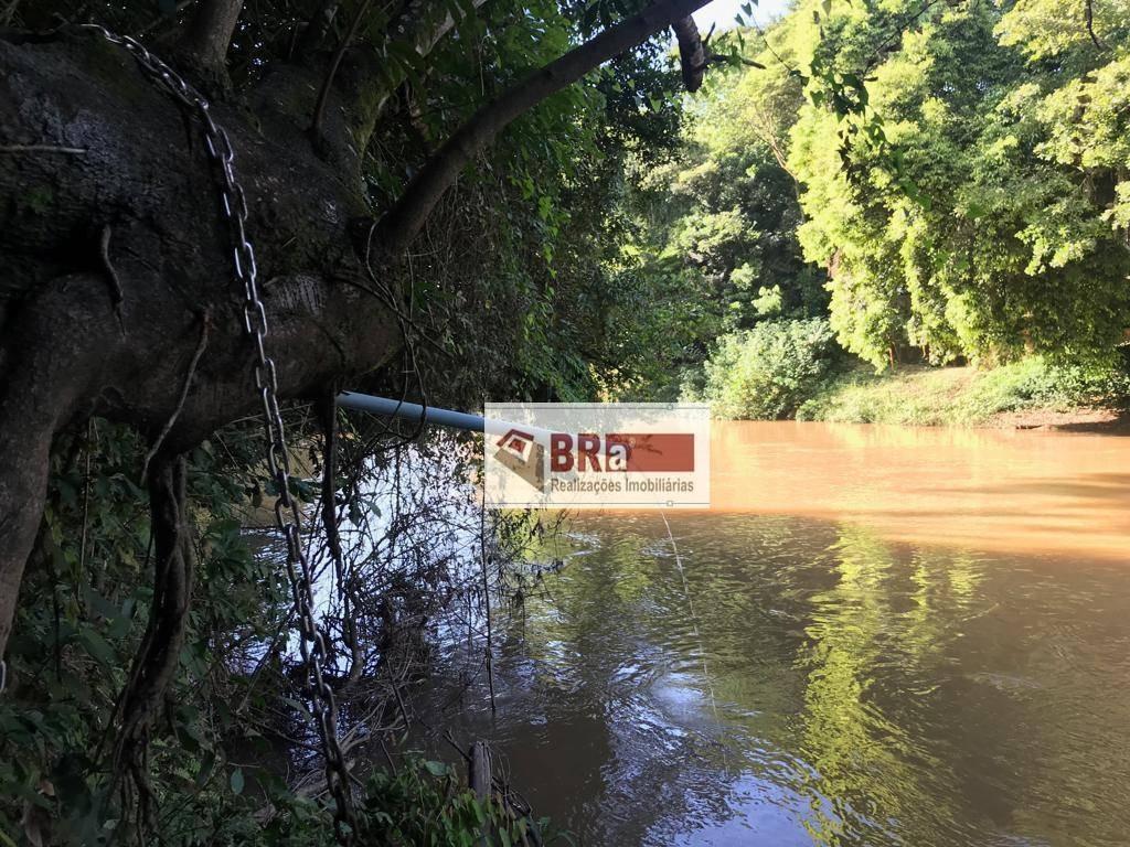 chacara paulinia com fundo para rio, 2.450 m2 , pomar, casa sede, rio, balsa de pescaria. - ch0028