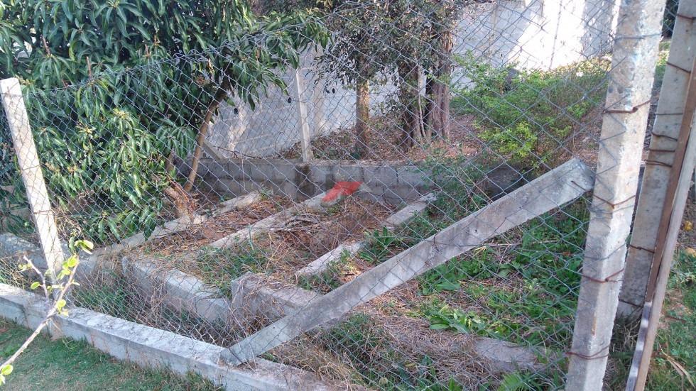 chácara pé-na-água corpo de represa em ibiuna! cod 691