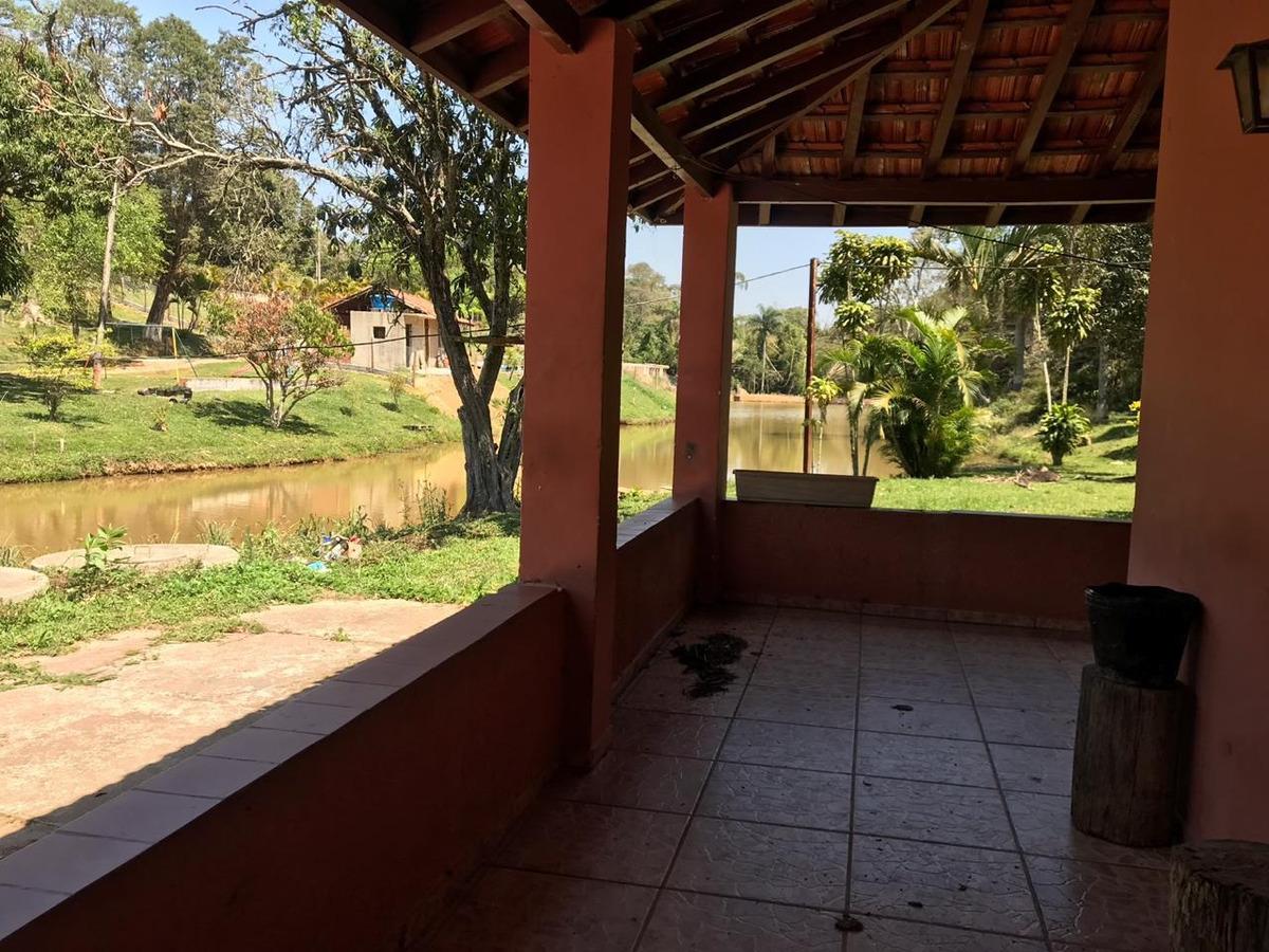 chácara perto da represa itupararanga
