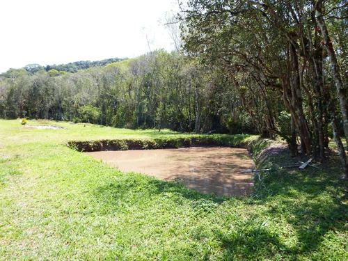 chácara plaina bem localizada com belo riacho