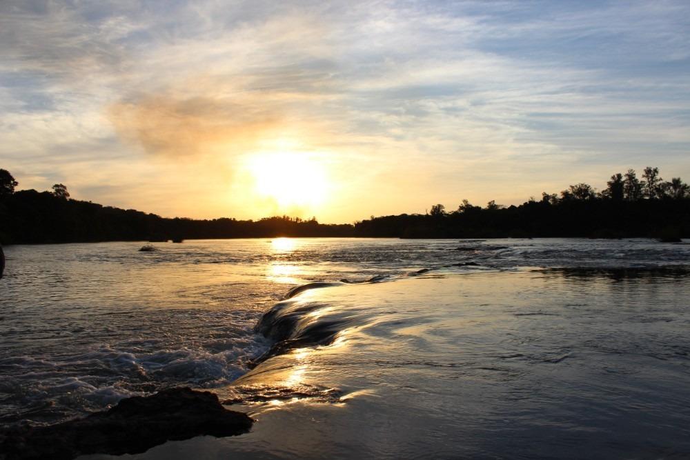 chácara rancho laçador - pesca e lazer às margens do rio