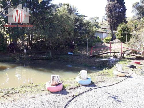 chácara rica em água com lago, pomar, pertinho da cidade, casa com 02 dormitórios à venda, 3300 m² por r$ 350.000 - campestre - pedra bela/sp - ch0074