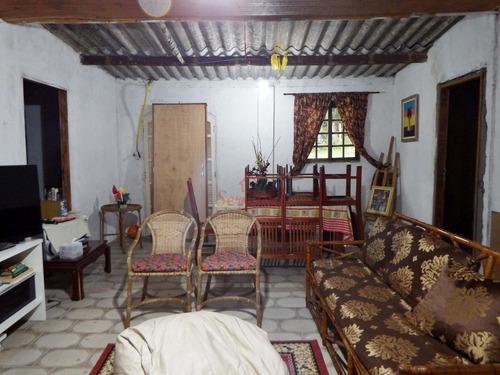 chácara rico em água área plaina com casa 2 dormitórios