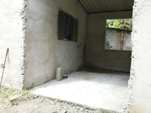 chácara à venda c/3 cômodos, possuí rio nos fundos! itanhaém