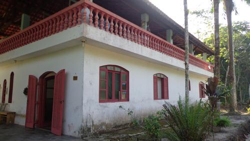chácara à venda com 3  dormitórios. ref. 264 e 239 cris