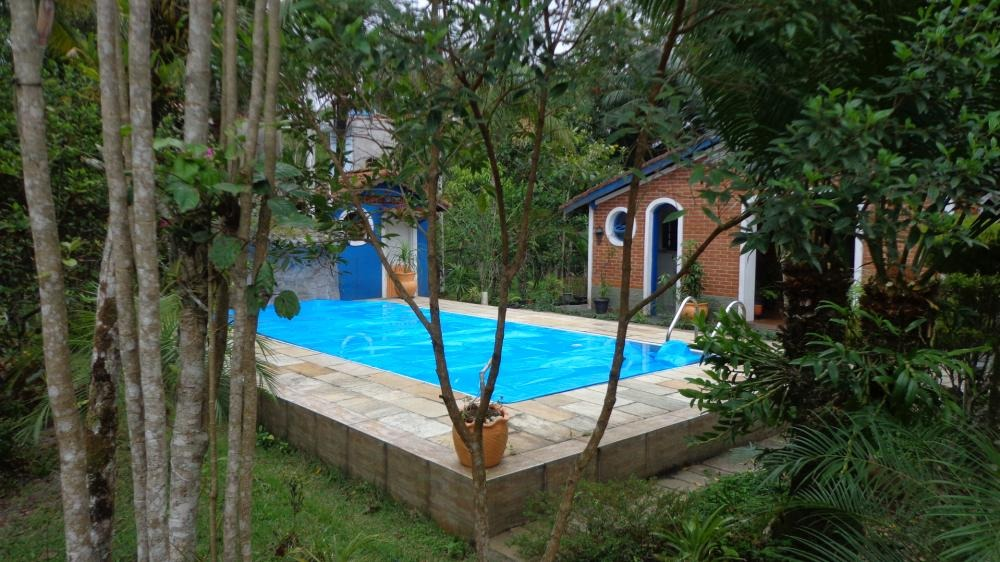 chácara à venda com 6.046 m², plana e murada. ref. 426 104