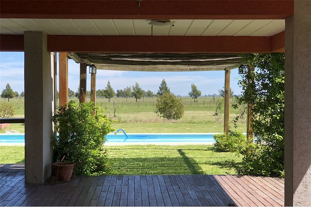 chacra 1 hectarea, casa 2 ambientes con piscina