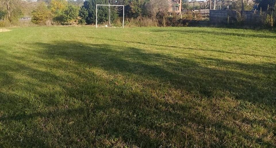 chacra casa de campo  complejo deportivo en montevideo
