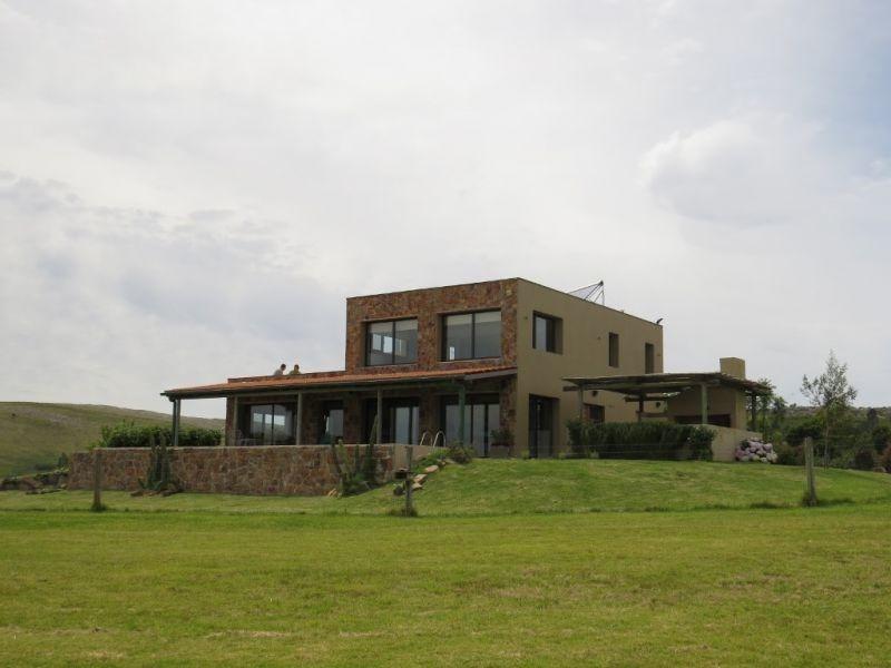 chacra con hermosa vista y muy buena casa