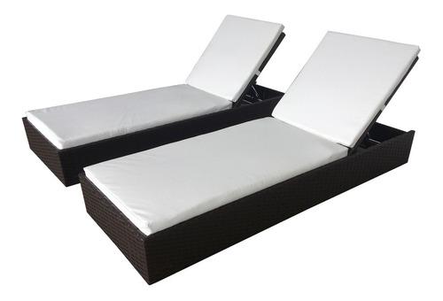 chaise 150cm  em fibra sintética e alumínio.