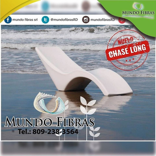 chaise long en fibra de vidrio