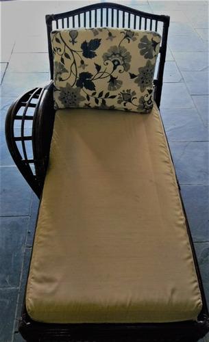 chaise longue rattan escuro