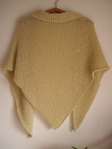 chal / mantón triangular de hilo  - tejido artesanal
