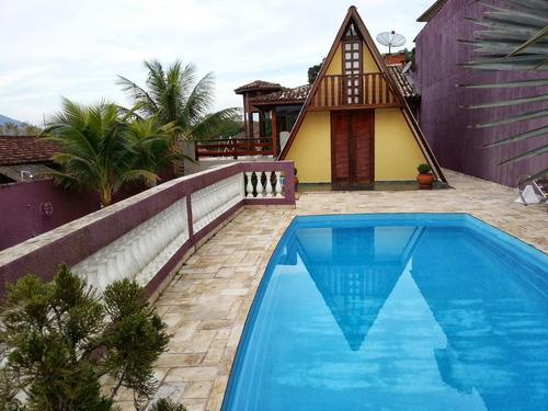 chalé ubatuba para 8 pessoas litoral norte piscina exclusivo