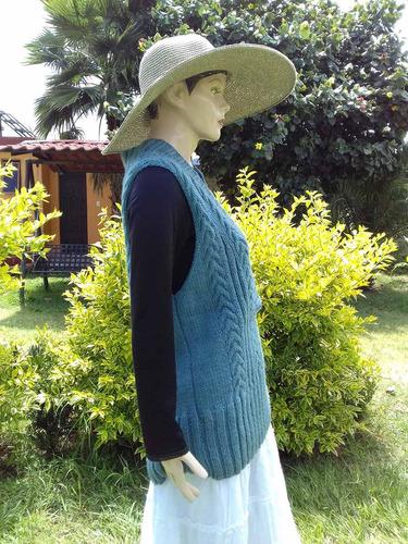 chaleco cerrado de trenzas, cuello  v largo 85 cm