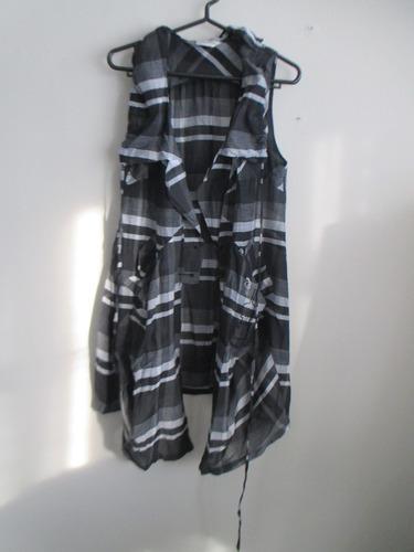 chaleco de tela  asimétrico ajustable negro