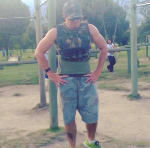 chaleco peso 20lb y 30lb, entrenamiento, crossfit, gimnasio.