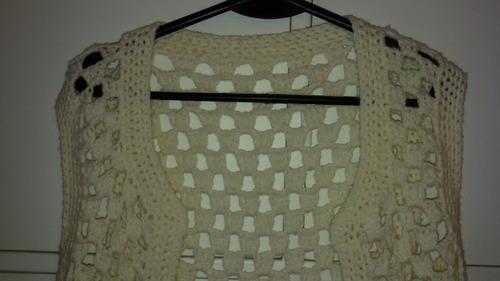 chaleco tejido crochet color manteca