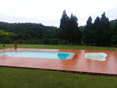 chalés com piscina & quadra de esportes - cristopher