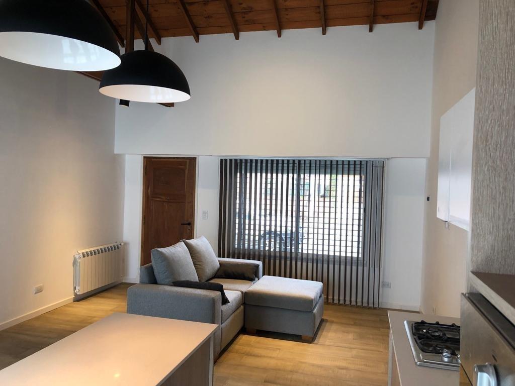chalet 3 ambientes con garage