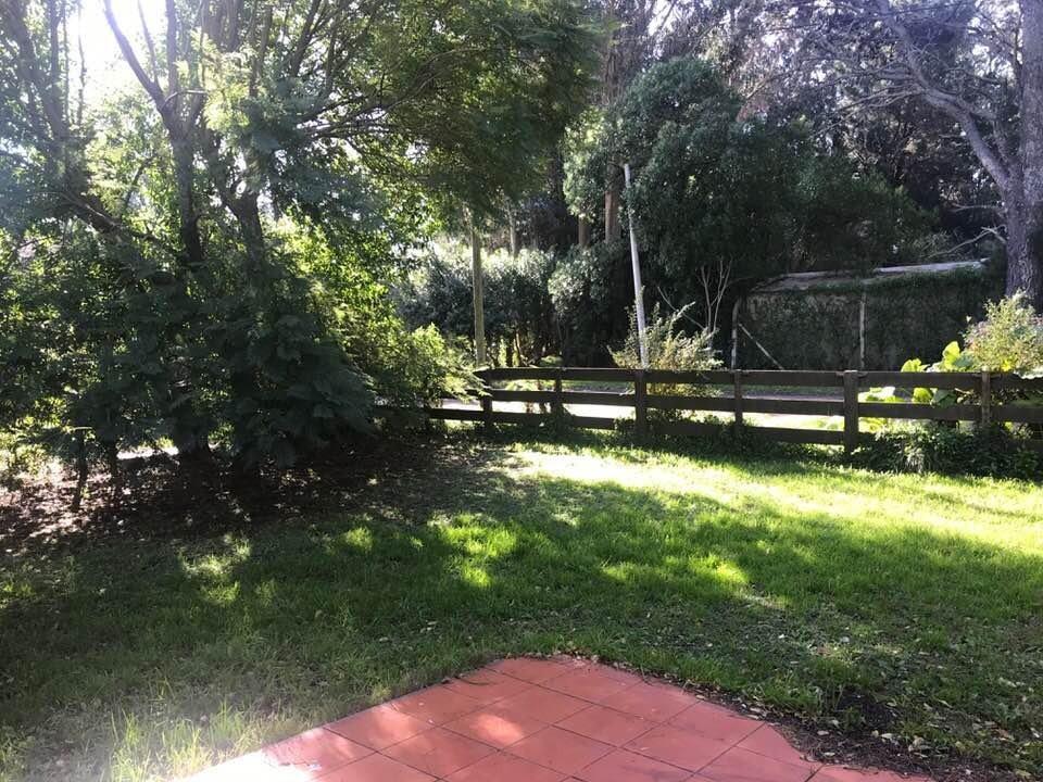 chalet 3 ambientes con parque