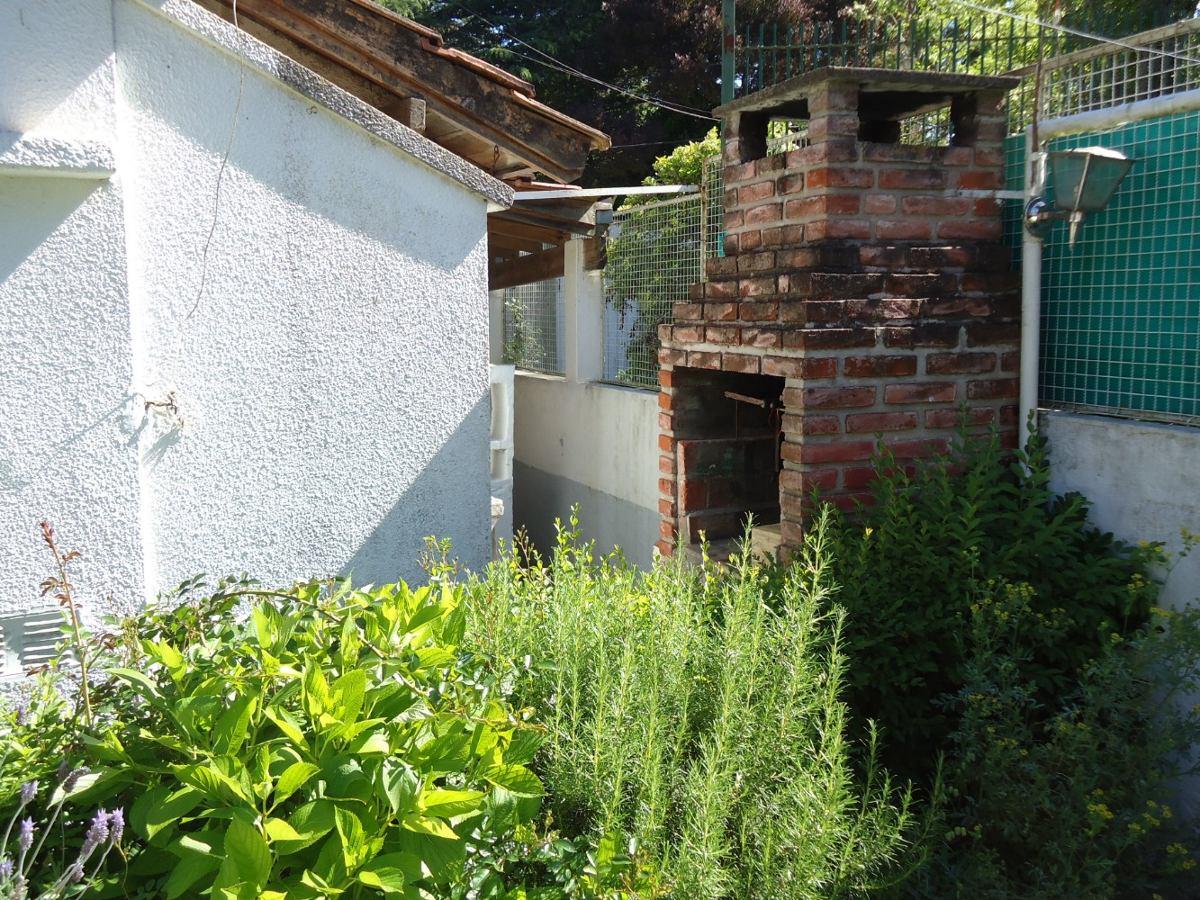 chalet 3 ambientes en barrio norte popa