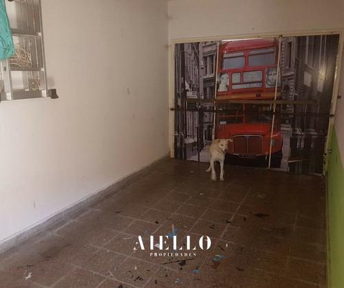 chalet 3 ambientes. garage y patio en ph. san cayetano. u$s 89.000 – apto crédito