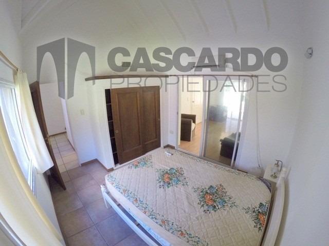 chalet 4 ambientes 3 dormitorios 3 baños barrio privado