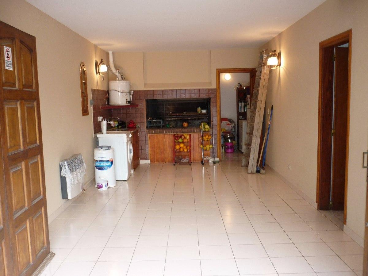 chalet 4 ambientes con garage. barrio san rafael, mar de ajó