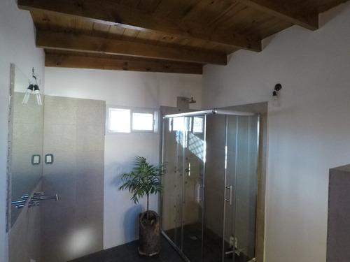chalet 4 ambientes y 2 baños en florida