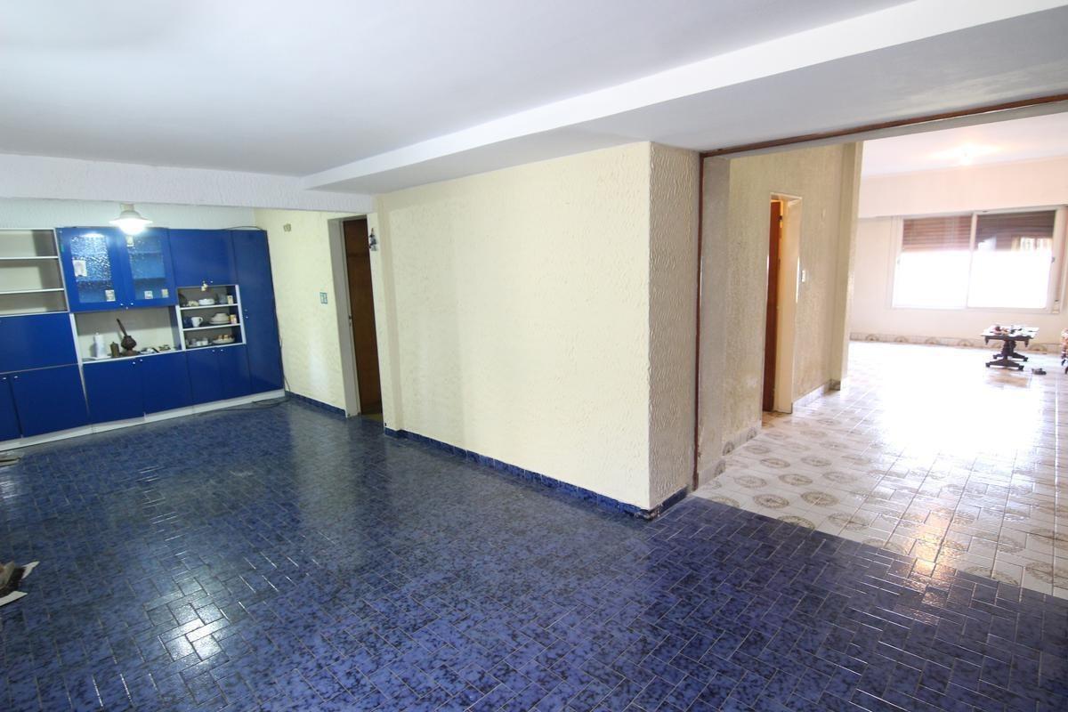 chalet 4 dorm 2 baños, lote de 10x31 - lindisima zona en san isidro