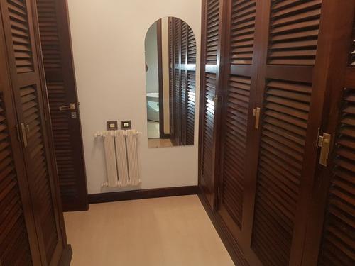 chalet 5 ambientes más habitación de servicio. parque luro. consulte valor. apto crédito