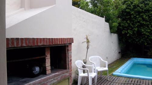 chalet 6 amb con piscina parque garage pasante t/prop  haedo